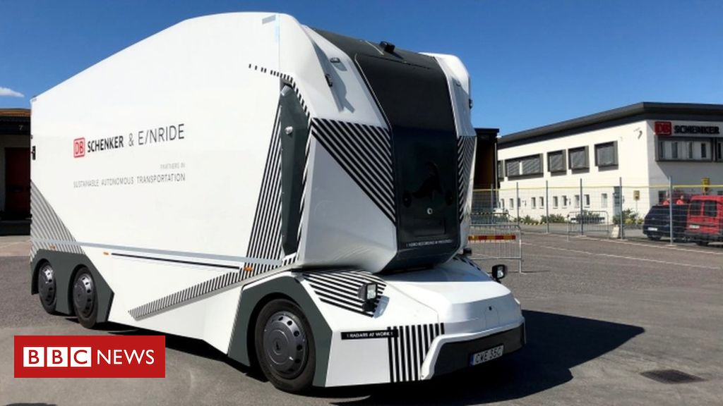 106983333 053968163 1 - Driverless lorry allowed on public Swedish roads