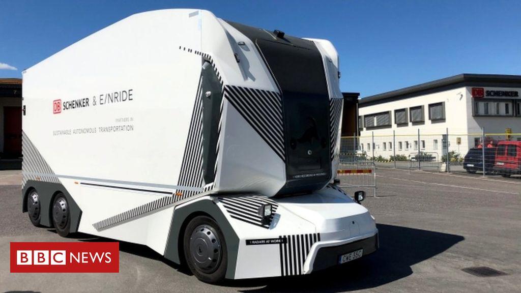 106983333 053968163 1 - Driverless lorry allowed on public Swedish roads