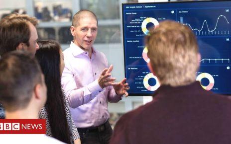 106983938 mediaitem106983937 - Lloyds to create 500 jobs at new tech hub in Edinburgh