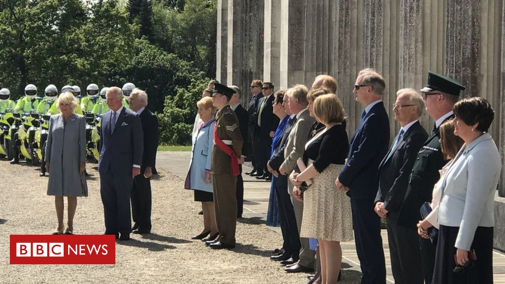 107045592 01aaa1 - Charles and Camilla attend Fermanagh garden party