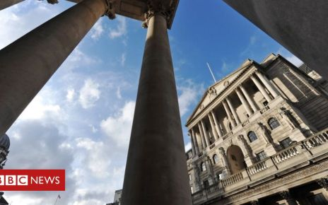 104130882 bankofengland bbc - UK rates unchanged amid risk to economy