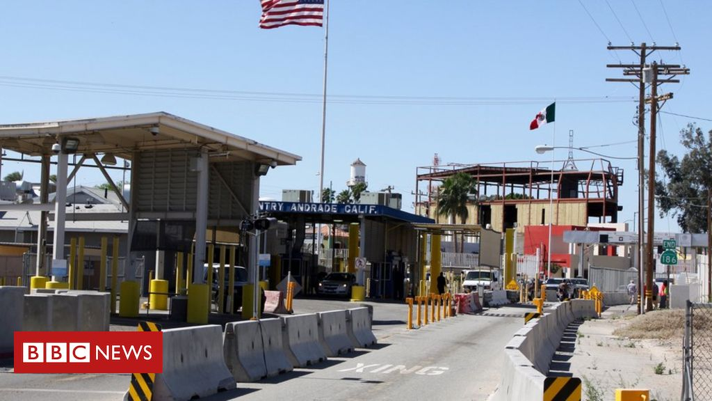 107333077 gettyimages 539004674 - Tens of thousands of images stolen in US border hack