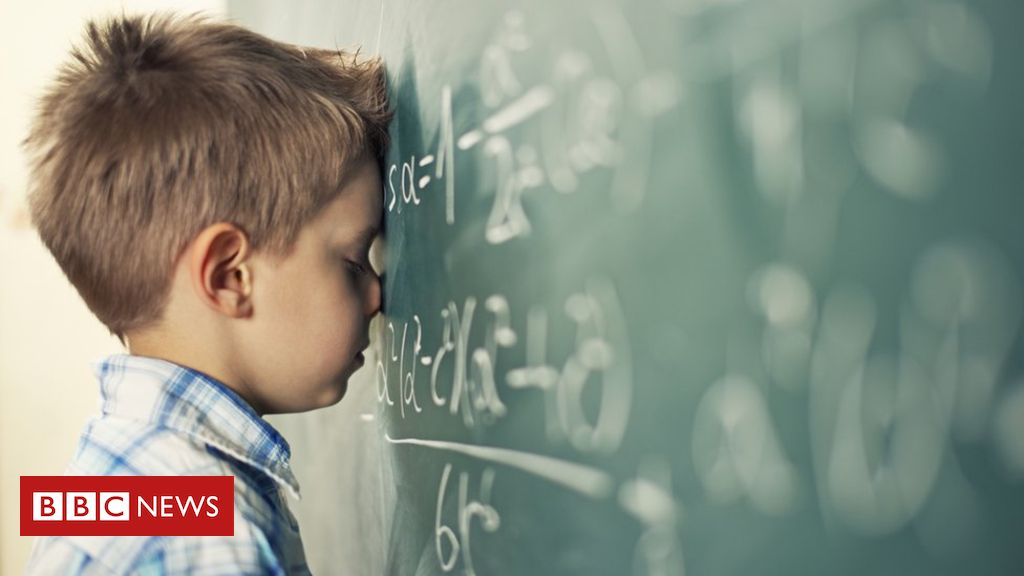 107338897 mathcreativeimage - What's the right age to quit maths?