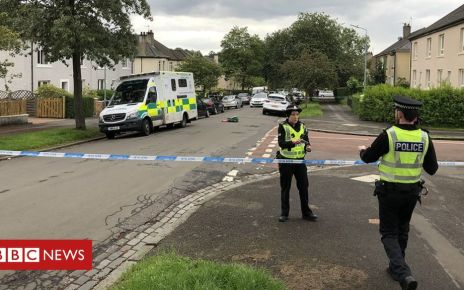 107389443 knightswood - Street sealed off after 'suspicous death' in Knightwood
