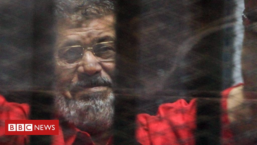 107425978 054704226 - Mohammed Morsi,: Egypt faces pressure over death during trial of ousted leader