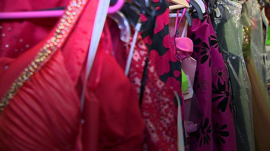 p07cvppf - Prom parties: Maesteg school gets 200 dresses donated