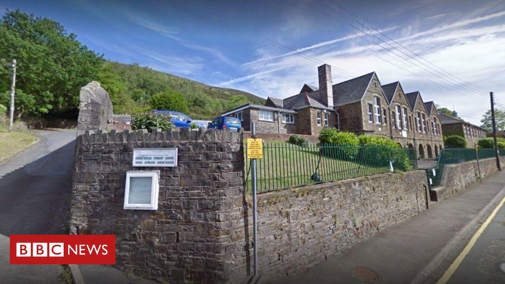 107834884 school - Ystalyfera: Landslip fears shut Godre'r Graig primary school