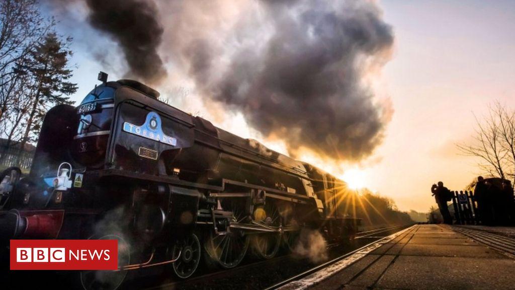 107855065 tv038967969 - 'Fascinating' steam train to visit coast
