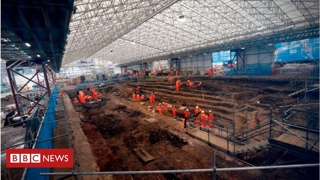 107952931 gettyimages 1056018162 1 - HS2: Costs review 'ongoing' amid reported £30bn overrun