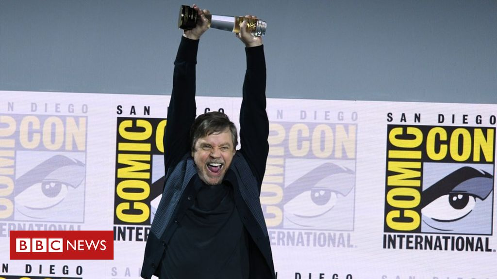 107954031 gettyimages 1163059807 - Comic Con: Mark Hamill's icon award, cosplay and long queues