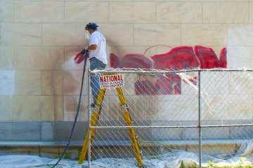graffiti_removal