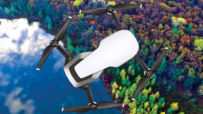 квадрокоптера DJI Mavic Air в разложеном виде вид сверху фото