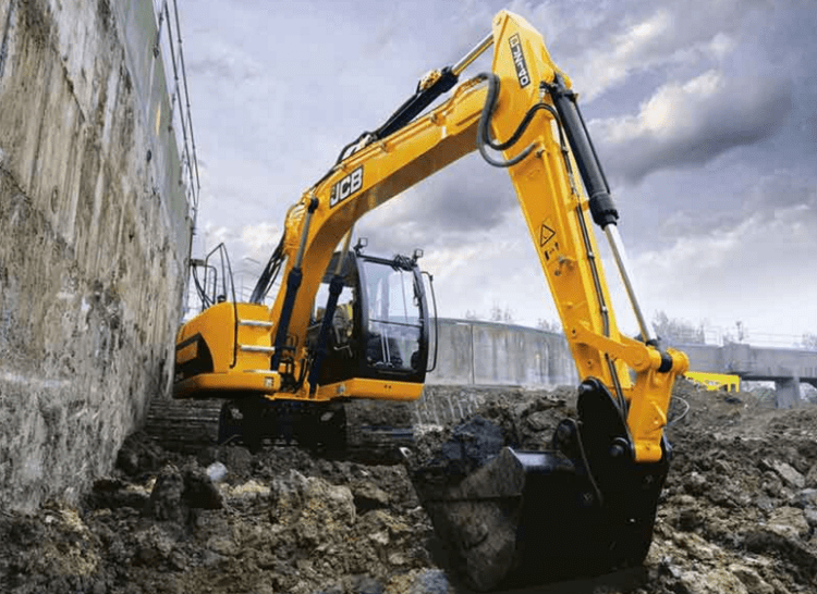 Преимущества использования спецтехники для строительства