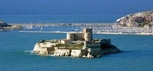 Monte-Cristo_if_castle_-_marseille_France_by_JM_Rosier