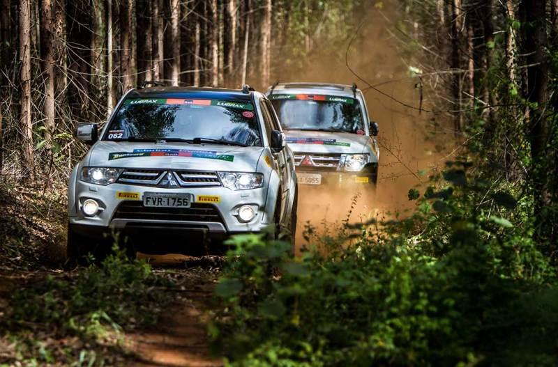 Ralis da Mitsubishi desbravam trilhas em meio à natureza em Ribeirão Preto