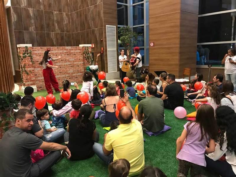 Apresentações de teatro infantis acontecem todos os sábados