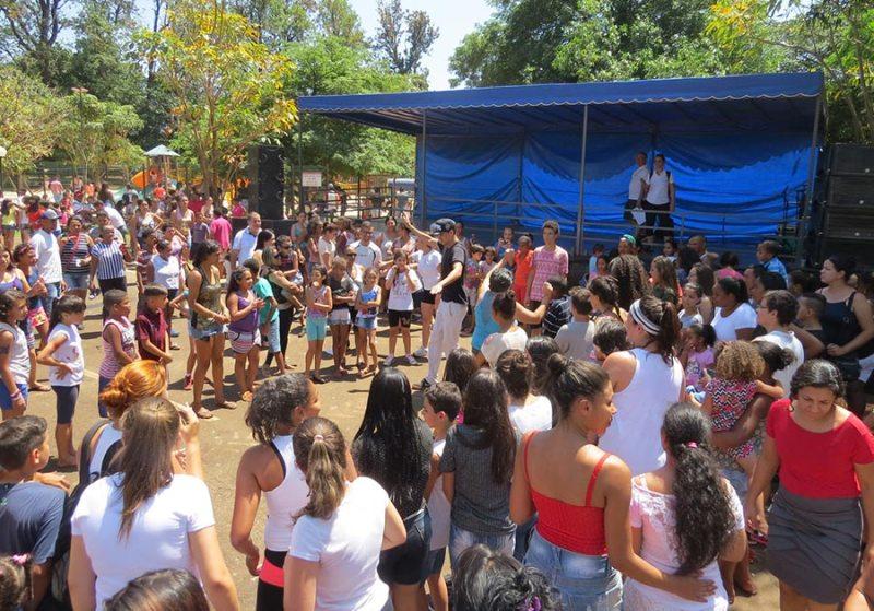 Apresentação de espetáculos, danças e muitas atividades