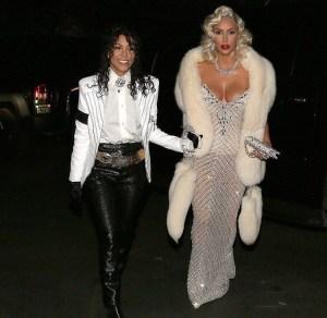 Kourtney e Kim Kardashian