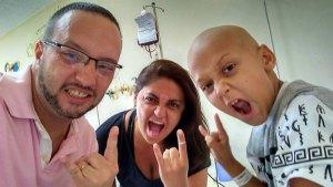 Jovem com câncer dá lição de vida e celebra o Dia das Crianças