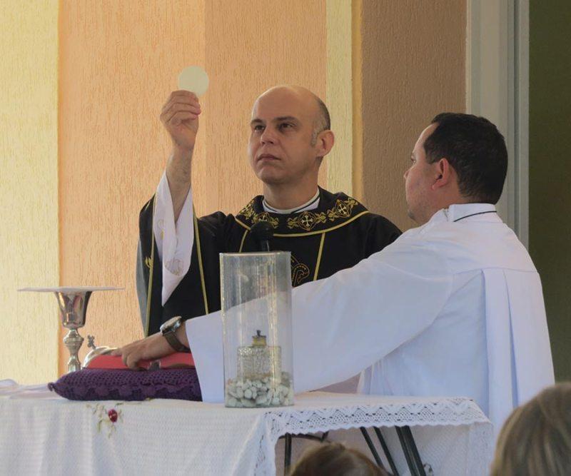 Missa foi presidida pelo padre José Humberto Motta (Pe. Beto)