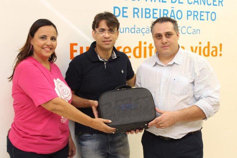 DMC Equipamentos doa laser terapêutico para o Hospital de Câncer de Ribeirão Preto
