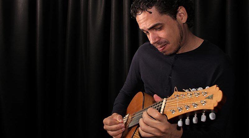Teatro Municipal receberá o show de Tiago Santos