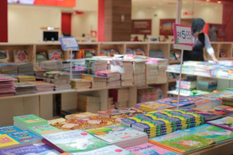 Feira de Livros Infantis acontece no Shopping Santa Úrsula