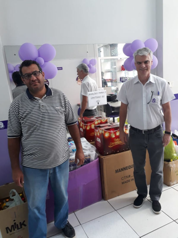 Instituto Embelleze arrecada 238 kg de alimentos para o Cantinho do Céu