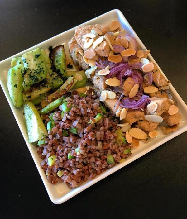 Club Life To Go lança plano que entrega refeições frescas em casa diariamente