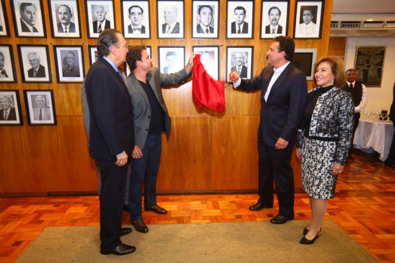 Cerimônia inclui três novos empresários na galeria de ex-presidentes da ACIRP