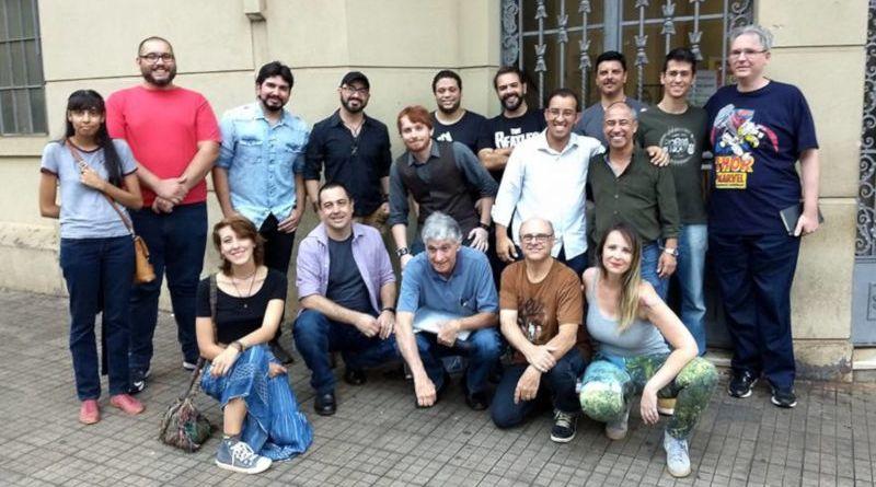 Chico Lorota lança coletânea com 14 histórias em quadrinhos