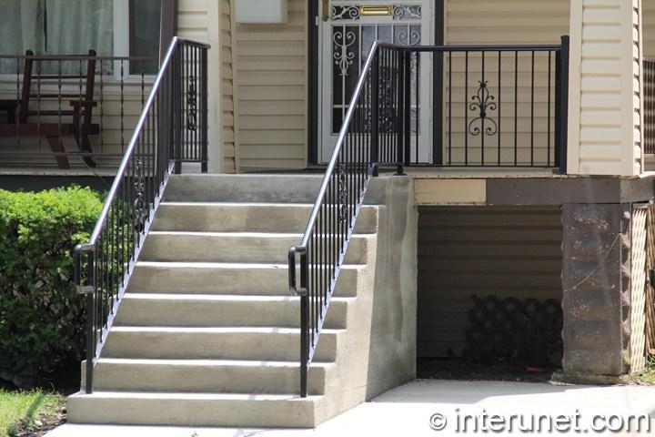 Wood Porch Concrete Steps Steel Railing Combination Interunet | Wood Railing On Concrete Steps | Stair Railing | Diy | Wooden | Railing Mode | Staircase