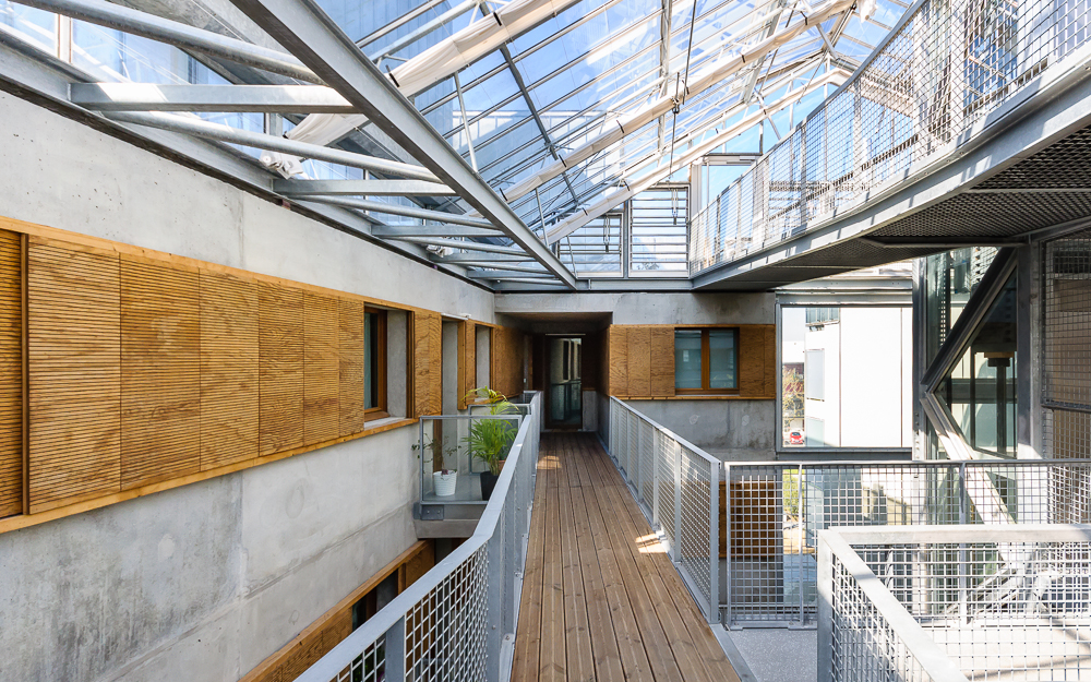 photographe d'architecture ©INTERVALphoto : Hauvette, logements collectif, Chantepie, Eden square, logements collectif, atrium, serre bioclimatique, Chantepie (35)