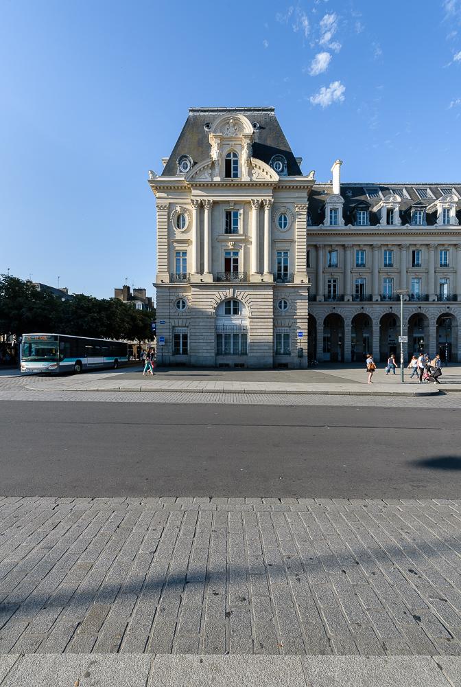 photographe d'architecture ©INTERVALphoto : Paul Bouet Architecte, restructuration La Poste Palais du Commerce, République, Rennes, 35