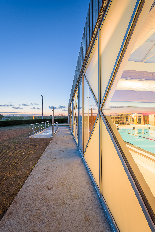 LAB architectes , piscine de Tréguier (22)
