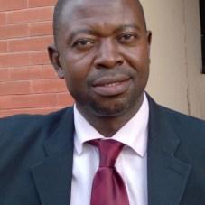 Dr.Tunde Akanni