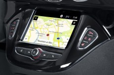 Best-connected Opel ADAM: Thanks to Navi 4.0 IntelliLink with integrated navigation system.