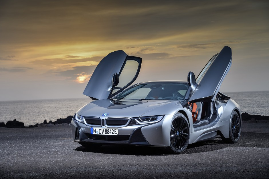 P90285392_highRes_the-new-bmw-i8-coupe.jpg