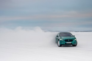 I-PACE Winter testing_042