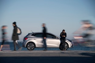 SEAT-enters in-the-carsharing-sector-with-the-acquisition-of-Respiro003_HQ