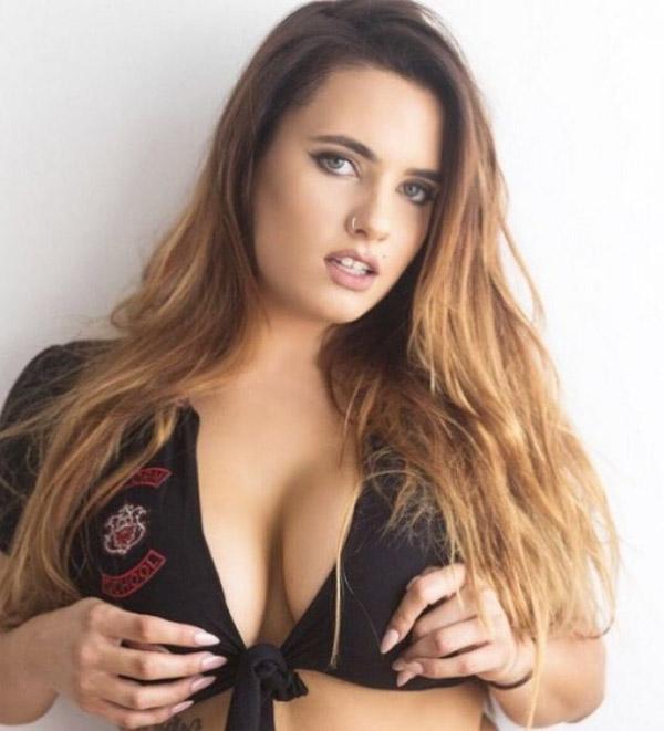 Scarlet Sade