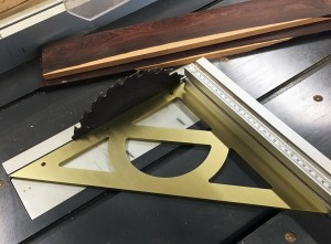 Interwood Super Square aluminium tool