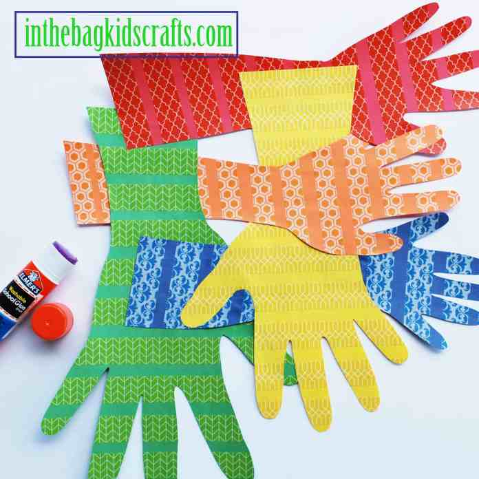 kids craft wall hanging family handprints