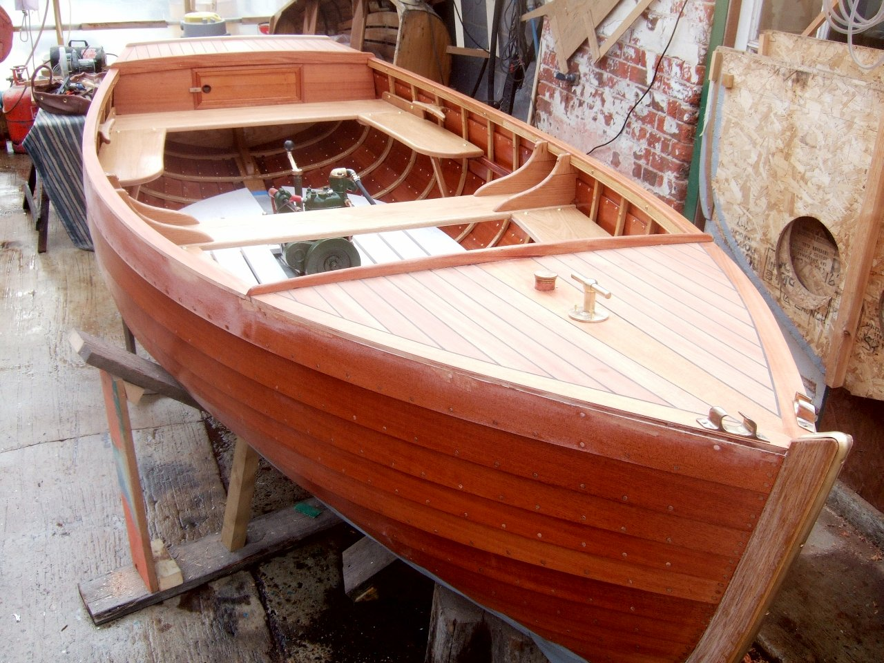 More of Nick Smith's handsome clinker-built launches – intheboatshed.net