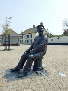John Short statue by the harbur at Watchet