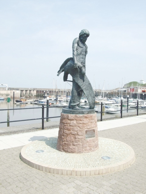 Rime of the Ancient Mariner monument at Watchet