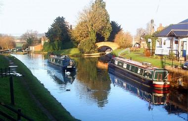 Oxford_Canal_at_Hillmorton