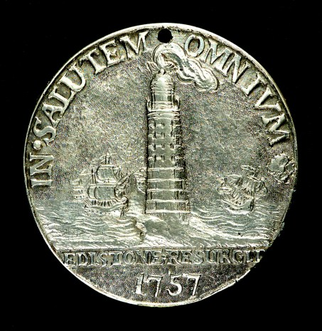 MEC1098 Badge worn by Eddystone lighthouse workmen -® National Maritime Museum