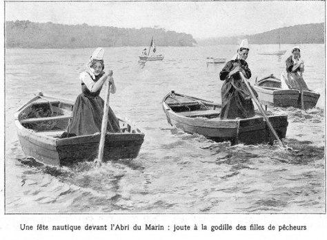 Breton ladies sculling