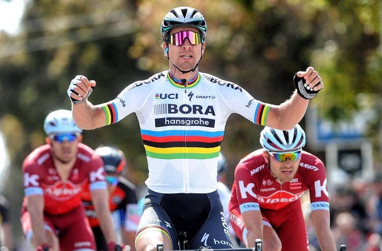 Peter Sagan wins third straight road race world championship title